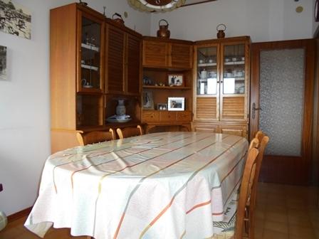 VENDESI Appartamento e magazzino - Pitigliano GR - Centro abitato
