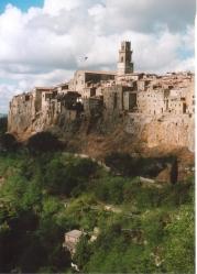 VENDESI Magazzino - alle pendici di Pitigliano - Centro storico