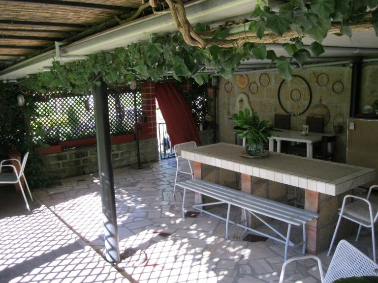 Vendesi appartamento con grande giardino - san quirico ...