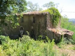 Casale di vecchissima costruzione