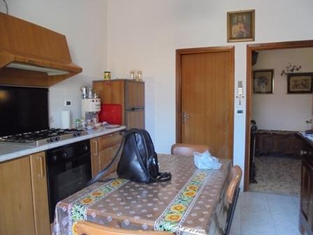 VENDESI Appartamento - Pitigliano - Città