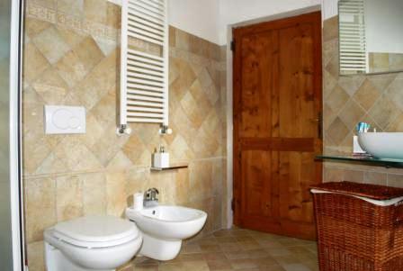 VENDESI Appartamento indipendente con giardino - Pitigliano GR - Città