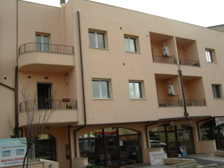 VENDESI Appartamento - Pitigliano GR - Città