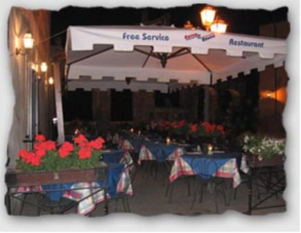 VENDESI Attività  commerciale - Pitigliano GR - Centro storico
