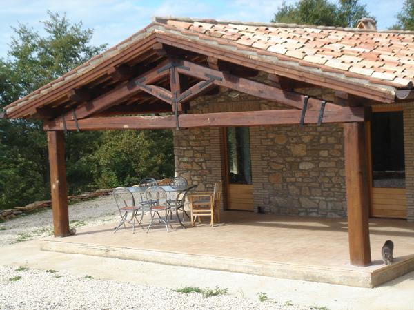 Casa di campagna con terreno annunci di vendita o affitto for Piani casa colonica di campagna
