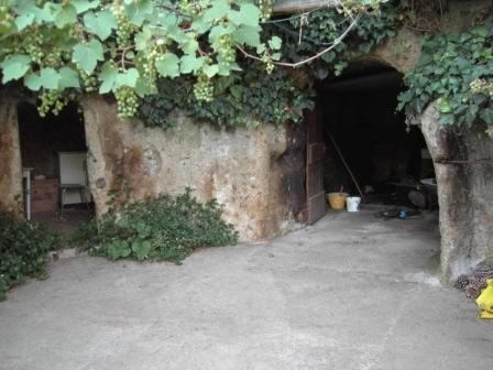 VENDESI Casa di campagna con terreno - Pitigliano GR - Campagna