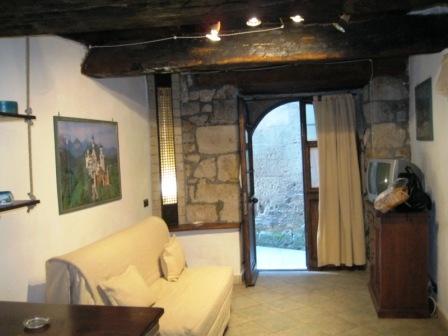 VENDESI Magazzino - Pitigliano GR - Centro storico