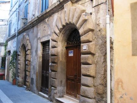 VENDESI Negozio - Sorano GR - Centro storico