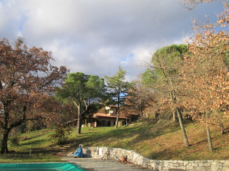 Villa di campagna con piscina